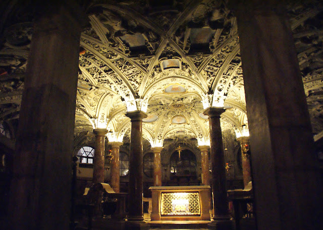 cripta-de-la-catedral-de-milan