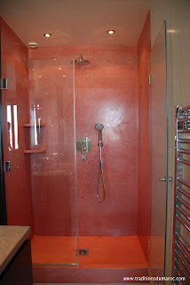 Tadelakt Red Shower Walls In