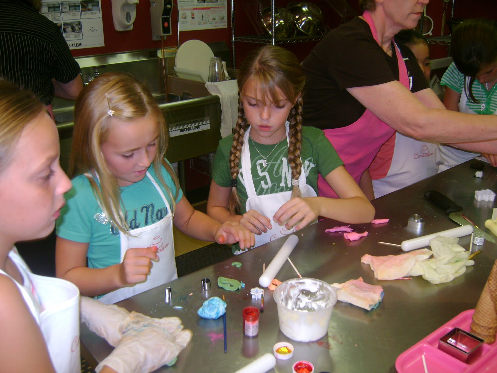 Cake Artist Classes : Find Your Sweet Spot: July 2010