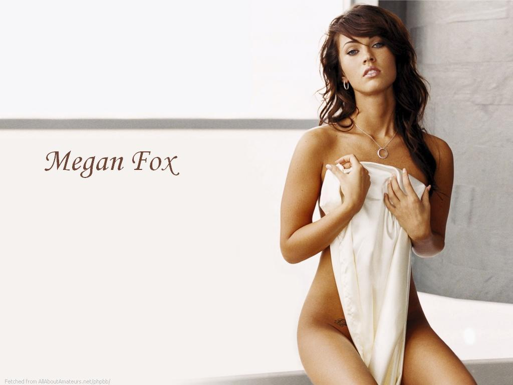 Hollywood Sexy Actress Megan Fox Pictures