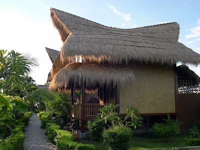 Bungalow in Lovina Beach