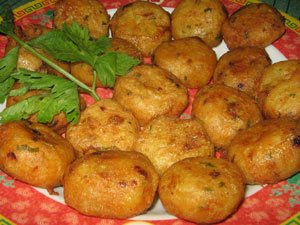 Perkedel Kentang (Indonesian Potato Fritters)