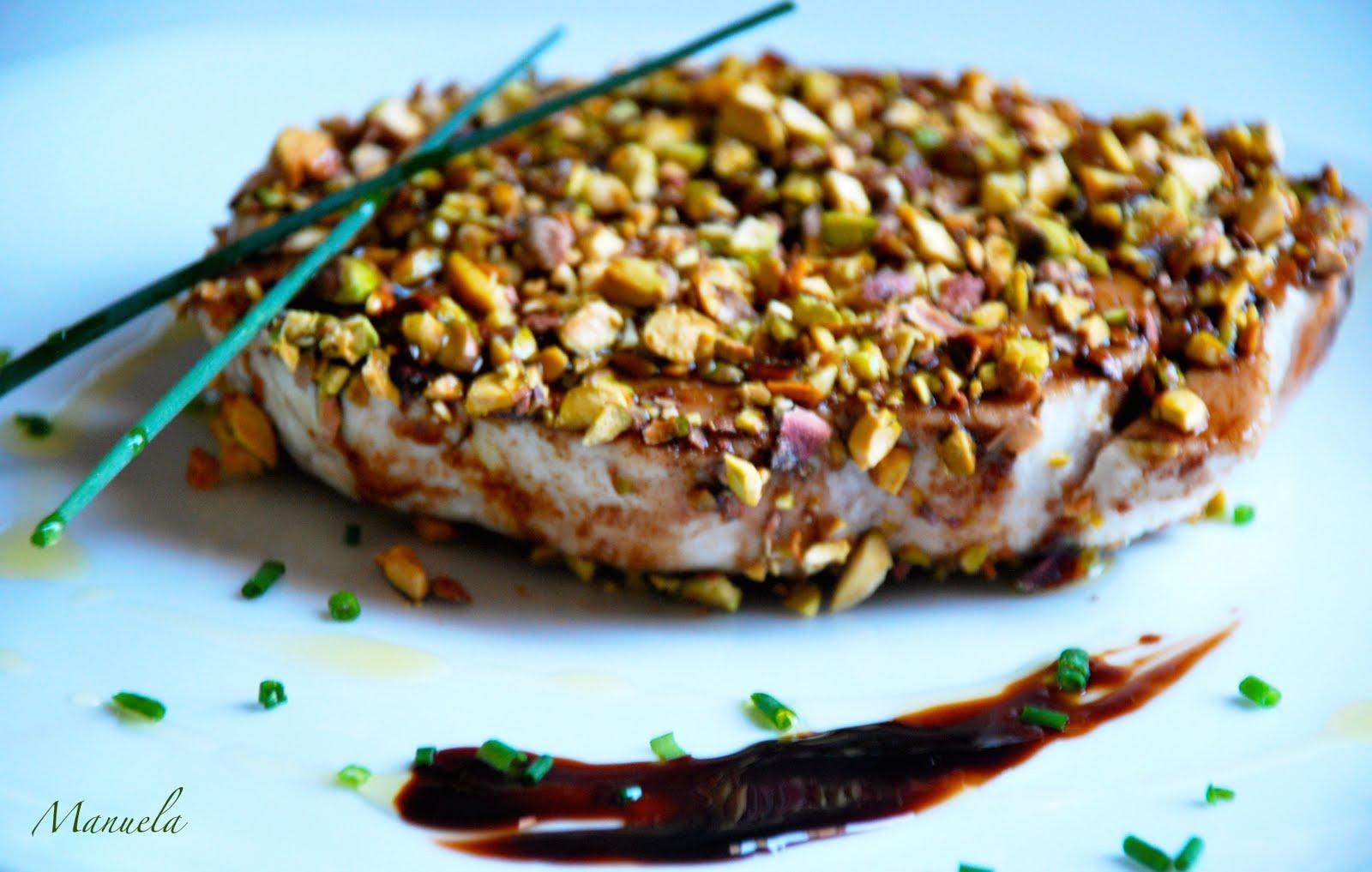 filetto di manzo in crosta di pistacchi con asparagi ~ nonnincuisine
