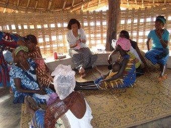 mulheres guineenses da etnia fula...