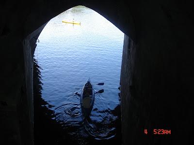 Можно совершить прогулку на лодке по реке Шер