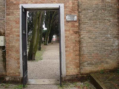 Ворота протестантского кладбища