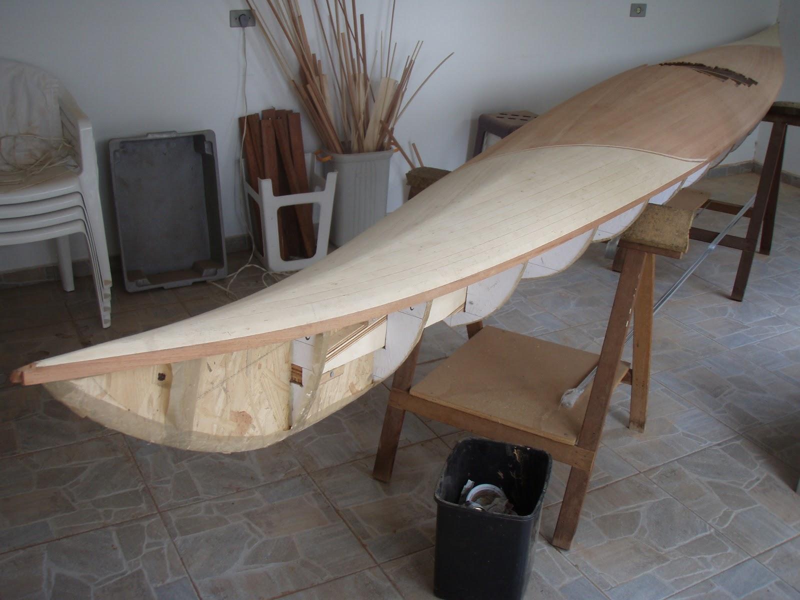 : Construção de um caiaque oceânico de madeira III Deck #7C654F 1600x1200