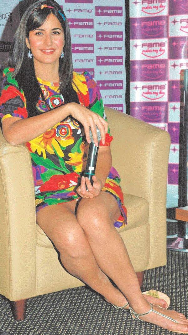 Katrina kaif panty show