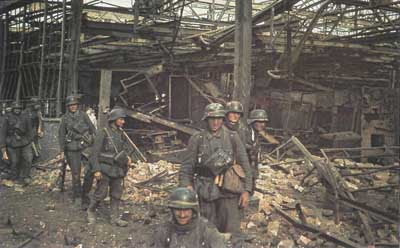 German troops of the 6th Army in the ruins of Stalingrad, 1942