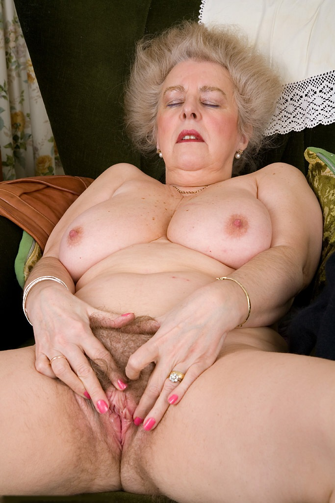 старые голые толстые пизды фото