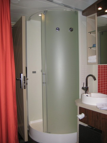 Cruise With Christine Pappin Freestyle Bathrooms On Norwegian Epic - Cruise ship shower