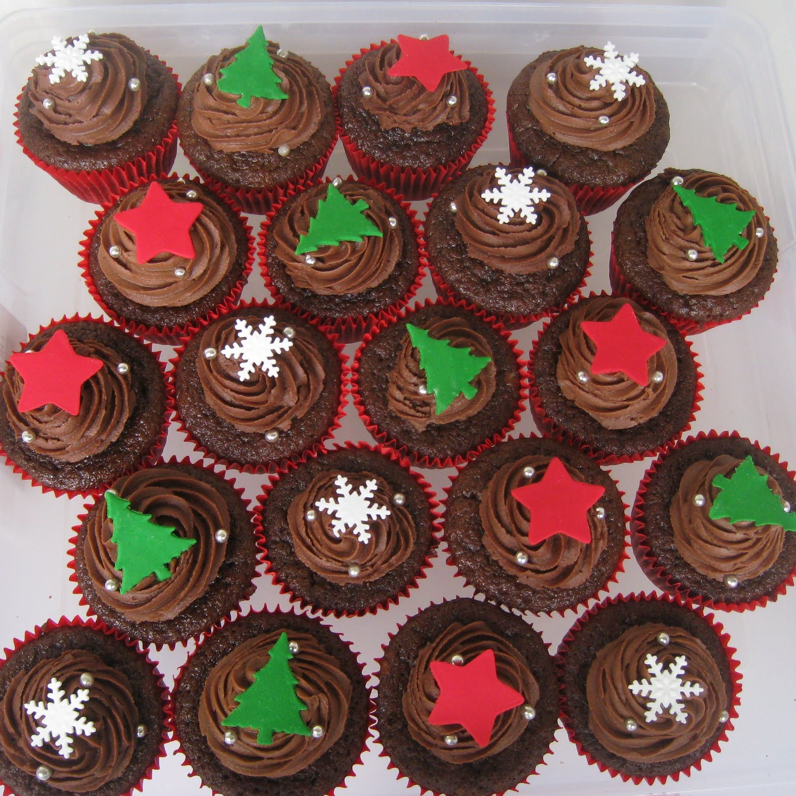 Pictures Of Christmas Cupcakes
