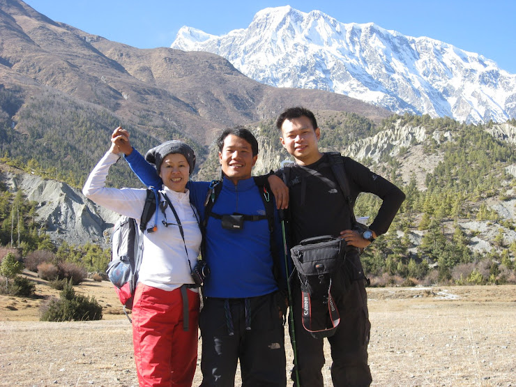 Kin and song with me in Manang(3500mtr)From Malaysia