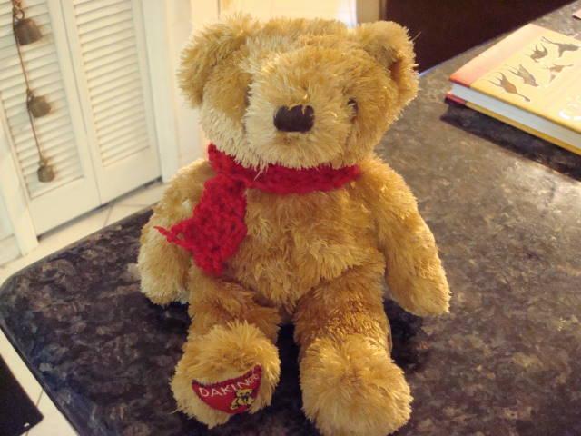 [bear+scarf]