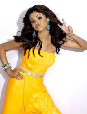 Wallpaper World: American Rock Singer Selena Gomez Seventeen .