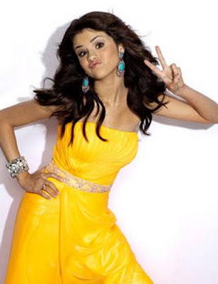 Wallpaper World: American Rock Singer Selena Gomez Seventeen .