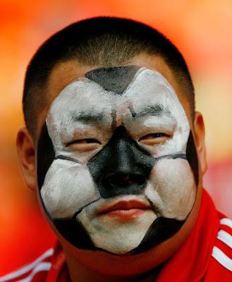 [World+Cup+2010+Fans+Photos+6.jpg]