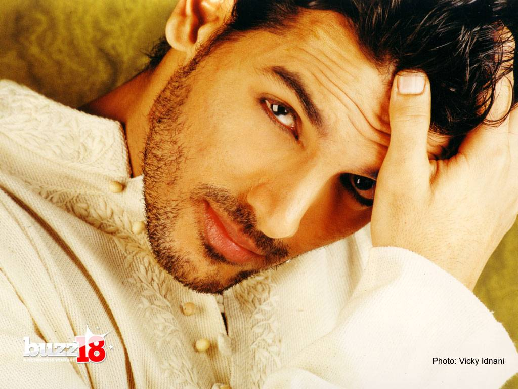 Wallpaper World: John Abraham's New Photos