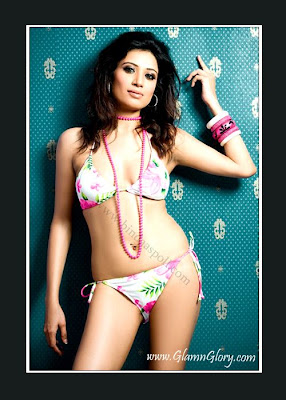 Indian New & Hot Model Smita Sharma Potos