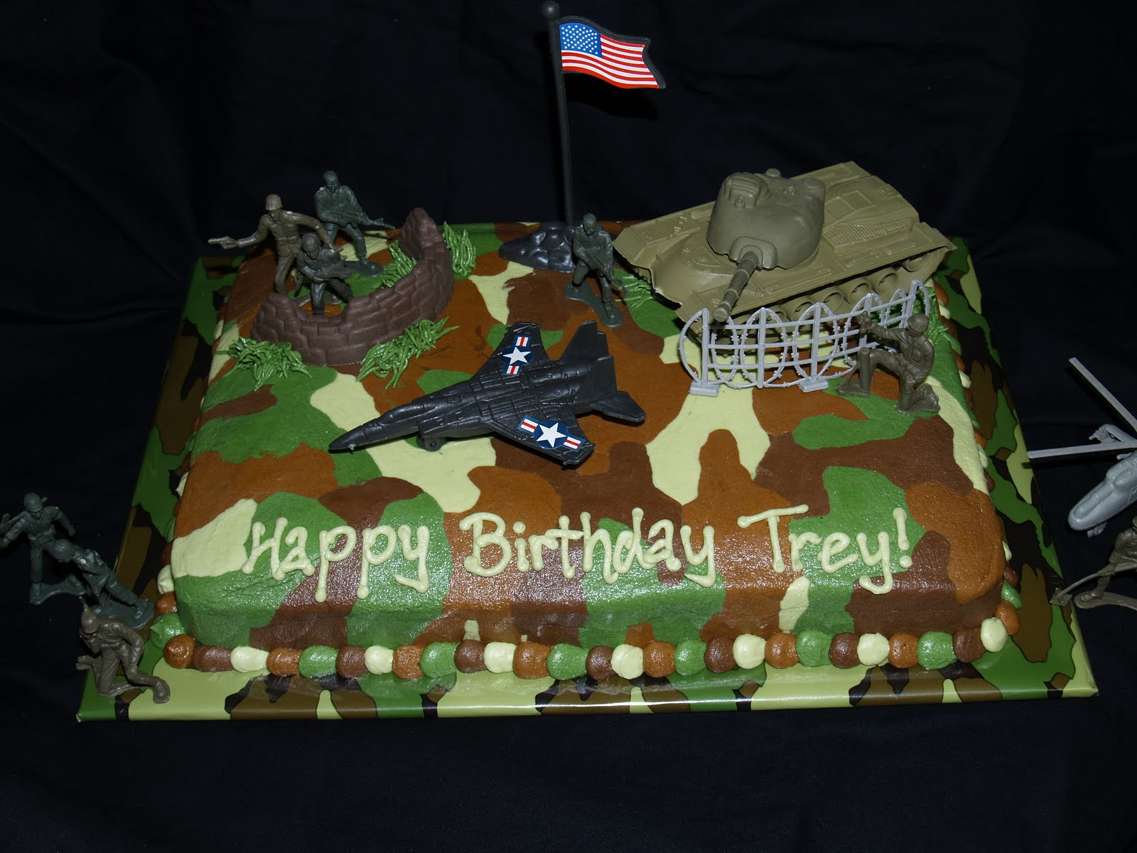 Military Decorated Cakes