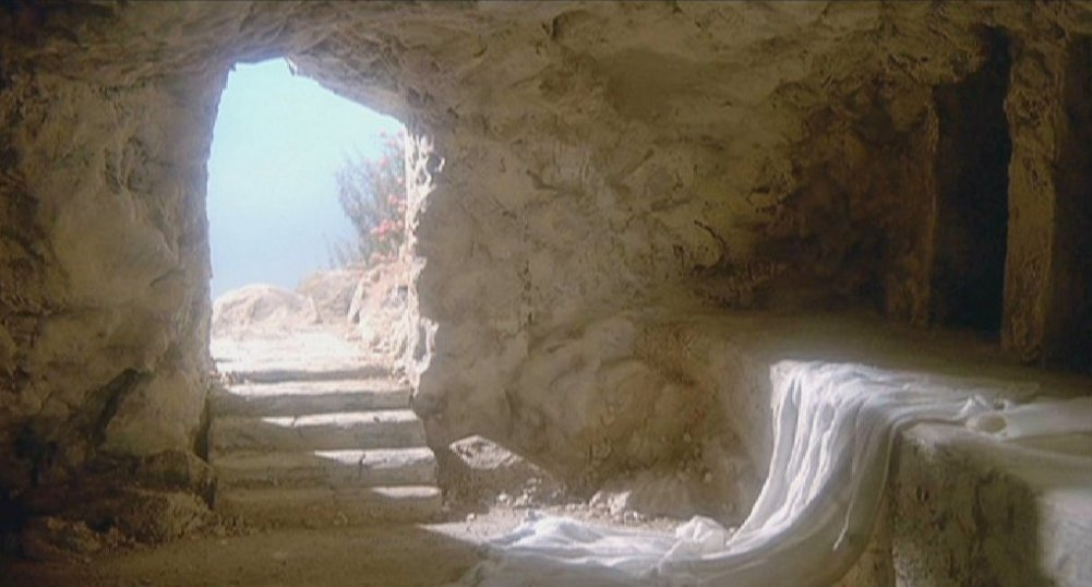 THE BIG BANG and other lies they told me. - Page 3 Empty_tomb
