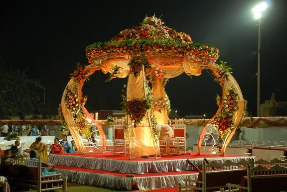 Hindu Wedding Mandaps Super Gorgeous Beautiful Wedding And Pumpkin Carriage