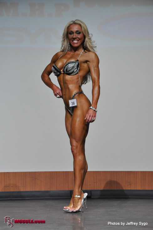 Jamie Taylor Female Muscle Figure Competitor
