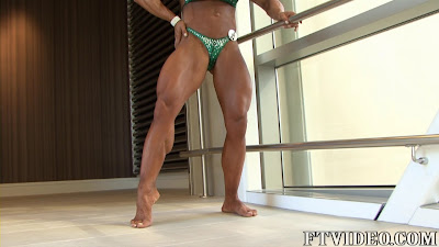Laurie Richie Female Muscle Legs FTVideo