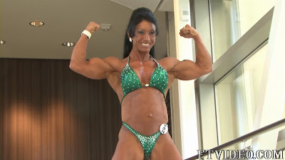 Laurie Richie Female Muscle Biceps FTVideo