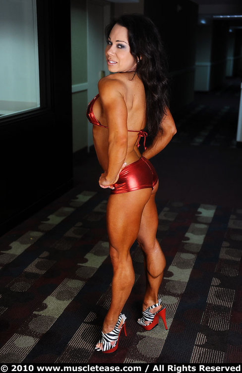 Sara Picken-Brown Female Muscle Legs Muscletease