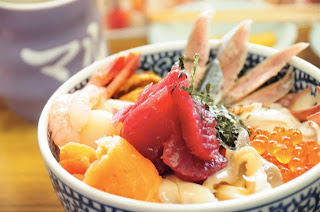 マルトマ食堂の海鮮ミックス丼1500円