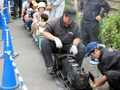 Smallest functional steam locomotive