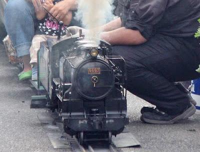Smallest functional steam locomotive