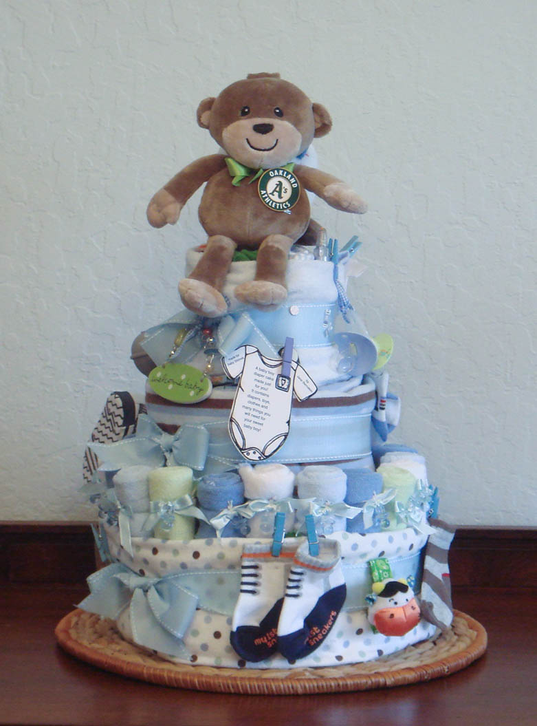 Foodspiration three baby shower diaper cakes not to eat for Baby shower decoration diaper cake