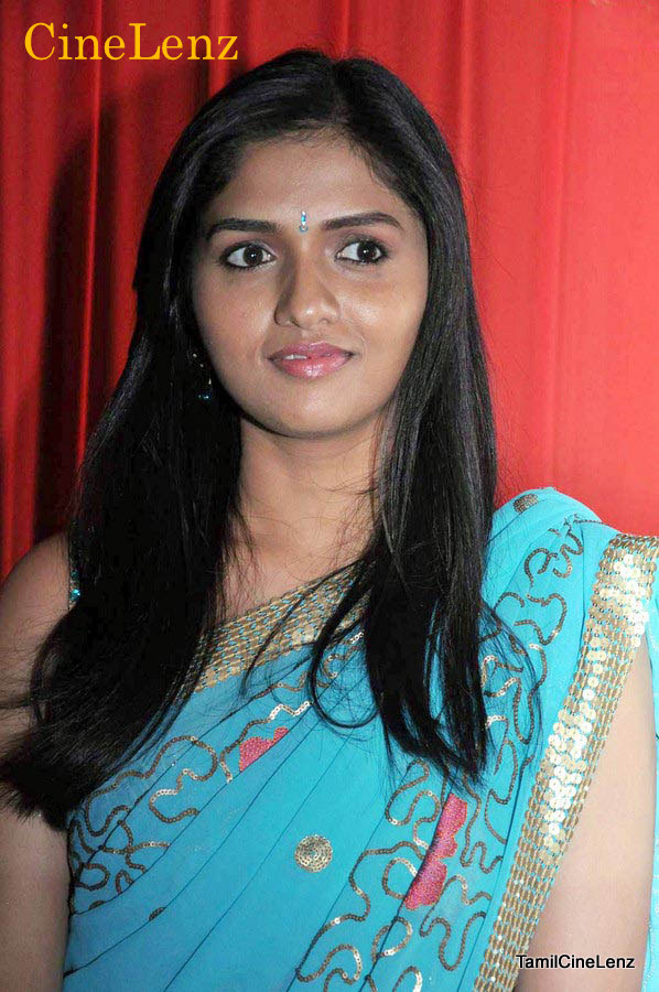 Aunty Dengulata Sunaina Hot Stills In Saree
