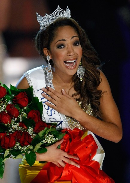 ICHEOKU, WELCOME MISS AMERICA 2010!