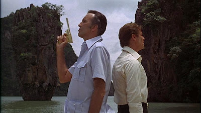 Saruman.. I mean.. Scaramanga and Bond.. not my photo, must be copyright of some movie company I guess