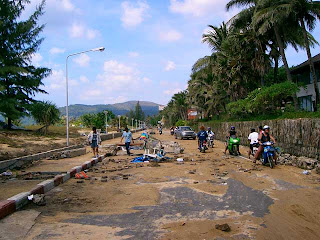 Karon Beach Road, 26th December 2004
