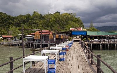 Laem Hin Seafood tables on the old wooden jetty