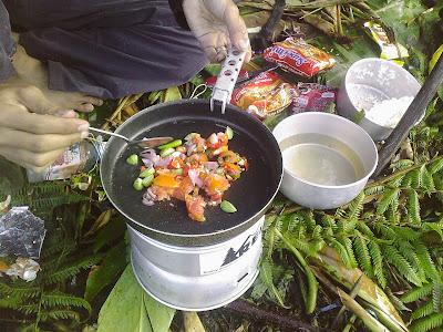 masak dina trangia-Foto danau ciharus