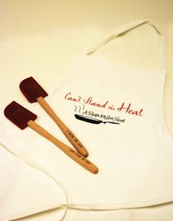 LE apron & spatula set