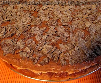 Tort cu mousse de ciocolata alba si neagra