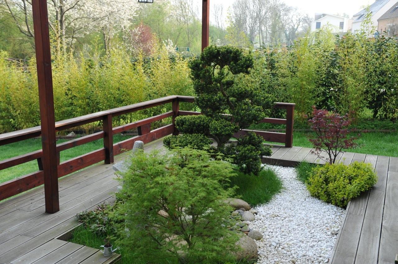 Japanese garden in Paris