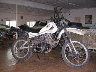 B R Moto  Yamaha XT 550 1982
