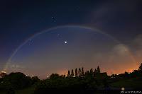 http://3.bp.blogspot.com/_BkDTGPDR5UE/S6oNM6CjyoI/AAAAAAAADeM/moS8cQsPDrc/s200/arcoiris-lunar-2.jpg
