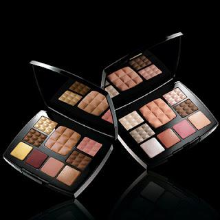 Collection Essentielle de Chanel Multi-Use Makeup Palettes...ooh la la!