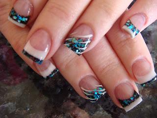 nail art dragonfly