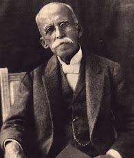 Ruy Barbosa, foi um jurista, político, diplomata, escritor, filólogo, tradutor e orador brasileiro.