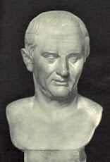 Marco Túlio Cícero:filósofo, orador, escritor, advogado e político romano.