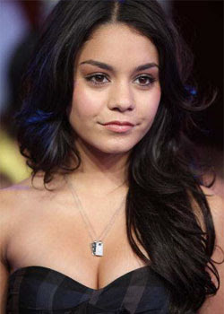 Vanessa Hudgens in nude photo scandal once again